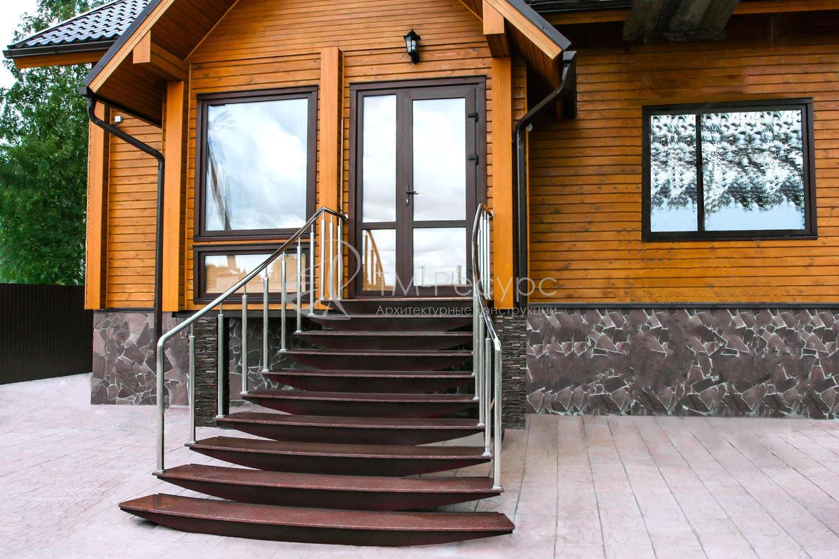 уличные входные лестницы жилого дома