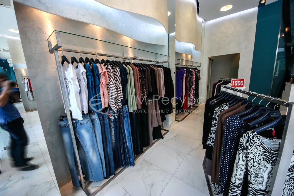 Магазин Женской Одежды Вешалка